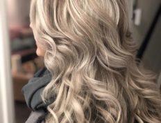 Impressie van een vrouwen Hair by Simon